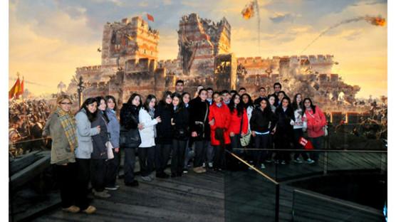 Tarih Meraklısı Öğrencileri 1453 Yılına Götüren Müze